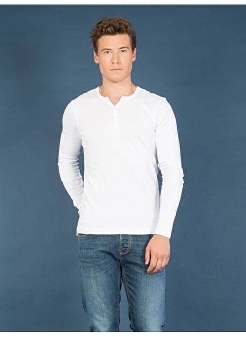 Colin's V Yaka T-Shirt Beyaz